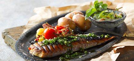 Makrel filet med pesto og linguine