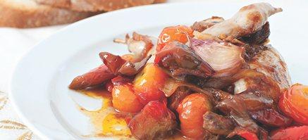 Kylling stegt med rosmarin og perleløg.